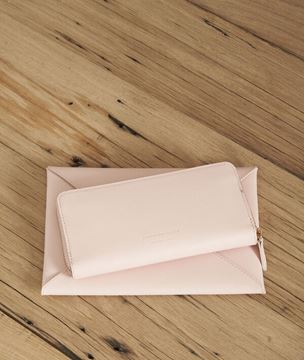 Picture of LEMAN PALE PINK WALLET
