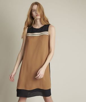 Picture of ISOLA STRAIGHT COLOUR BLOCK DRESS
