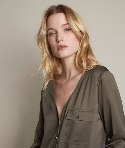 Picture of RACHEL BUTTONED TWO-FABRIC TOP