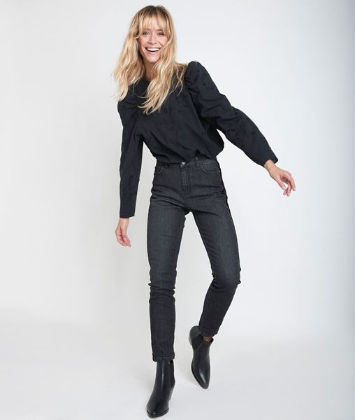 Picture of PETRA 7/8 SLIM VELVET JEANS