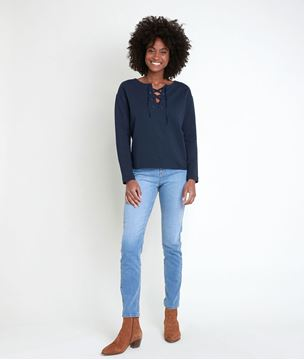 Picture of IVOIRE INK TOP WITH LACE COLLAR