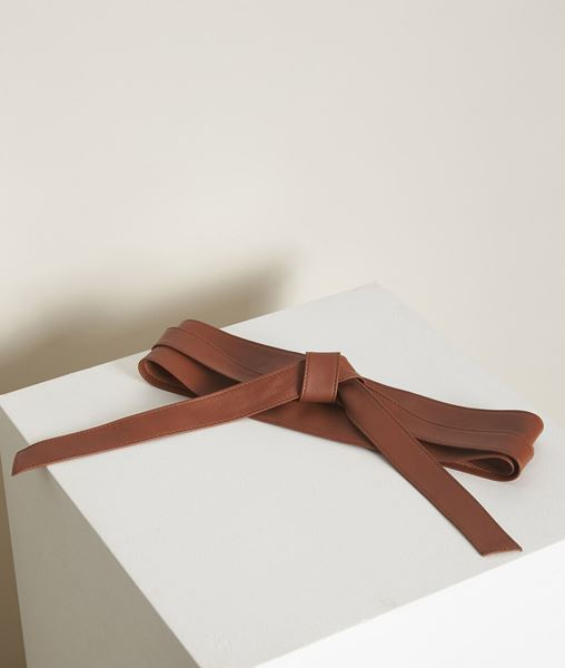 Picture of RAUL CAMEL-COLOURED LEATHER TIE BELT