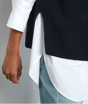 Picture of TWISTER NAVY BLUE SLEEVELESS TURTLENECK JUMPER
